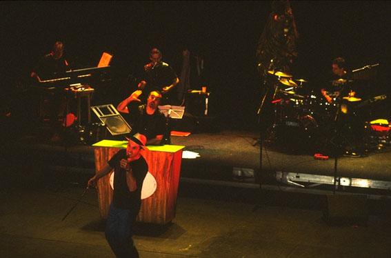 Quartiers Nord, spectacle 2001 L'Odyssée de l'Estaque, répétition au théâtre Bompard, photo Bernard Ribet
